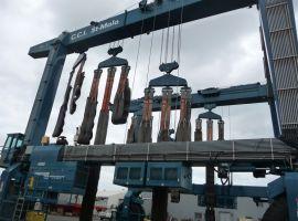 Gantry crane maintenance