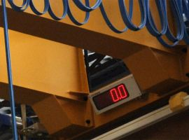 Load indication for overhead crane