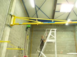 Wall-mounted lifting bracket AMIO Levage